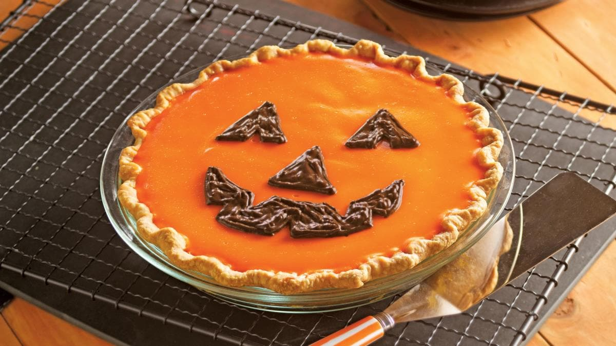 Jack-o-Lantern Orange-Pumpkin Pie